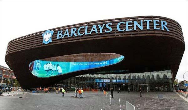 Barclays-Center-Holloway-vs-Khabib